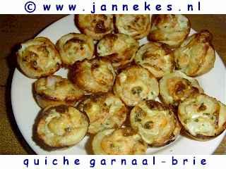 recepten voor mini-quiches met garnalen en brie