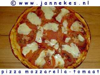 recepten voor pizza mozzarella met tomaat
