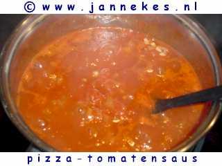 recept voor pizza tomatensaus